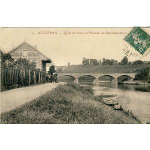 cp08-mezieres-quai-du-parc-et-plateau-de-berthaucourt