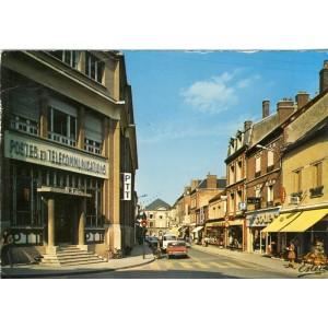 cp10-romilly-sur-seine-la-poste-et-la-rue-de-la-boule-d-or