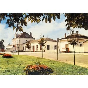 cp10-romilly-sur-seine-la-gare