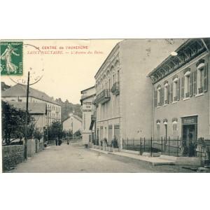 cp15-saint-nectaire-l-avenue-des-bains