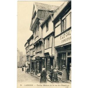 cp22-lannion-vieilles-maisons-de-la-rue-des-chapeliers