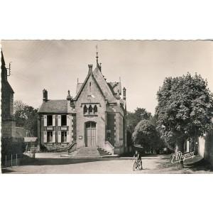 cp28-beville-le-comte-la-mairie
