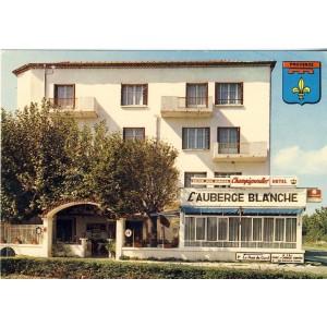 cp30-le-pont-du-gard-l-auberge-blanche