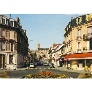 cp95-pontoise-place-de-la-gare-avenue-thiers