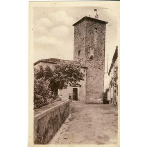 cp32-seissan-mairie-tour-xiie-siecle