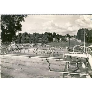 cp37-amboise-l-ile-d-or-la-piscine
