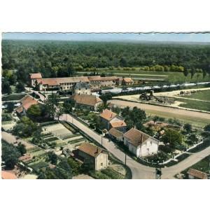 cp39-abergement-la-ronce-centre-ville