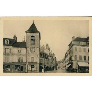 cp39-lons-le-saunier-tour-de-l-horloge-et-rue-des-arcades