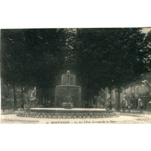 cp03-montlucon-le-jet-d-eau-avenue-de-la-gare