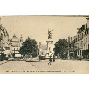 cp03-moulins-la-place-d-allier-et-le-monument-des-combattants-de-1870-71