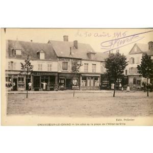 cp-60-crevecoeur-le-grand-un-cote-de-la-place-de-l-hotel-de-ville