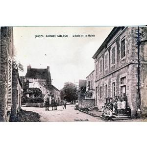 c21-savoisy-l-ecole-et-la-mairie