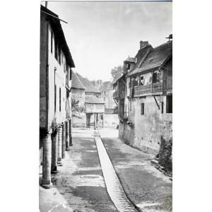 cp64-salies-de-bearn-le-saleys-entre-les-maisons