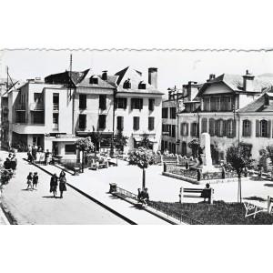 cp65-argeles-square-de-l-hotel-de-ville