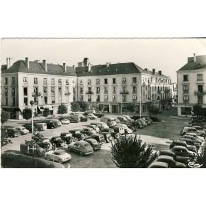 CP37 TOURS - PLACE DE LA RESISTANCE
