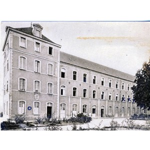cp46-montfaucon-les-services-administratifs
