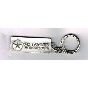 PORTE CLES CHRYSLER FRANCE METAL LOGO PENTASTAR RECTANGULAIRE