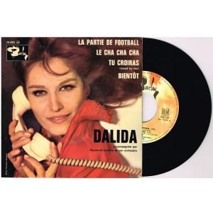 DISQUE 45 TOURS 17 cm EP - BIEM.   DALIDA - LA PARTIE DE FOOTBALL