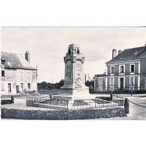 cp49-lion-d-angers-monument-aux-morts