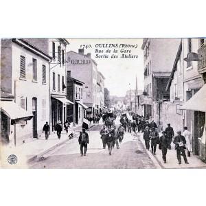 CP69 OULLINS - RUE DE LA GARE - SORTIE DES ATELIERS