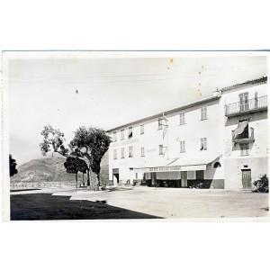 cp06-berre-les-alpes-place-bellevue