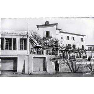 cp06-berre-les-alpes-le-petit-palace