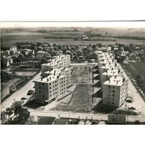 cp77-combs-la-ville-les-hlm