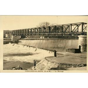 cp77-varennes-sur-seine-le-barrage
